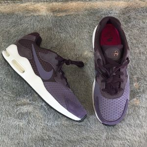 nike huarache run ultra black, Nike Air Max Guile sneakers
